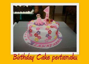 Birthday Cake pertamaku-rsz
